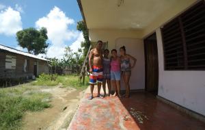 Dina' family